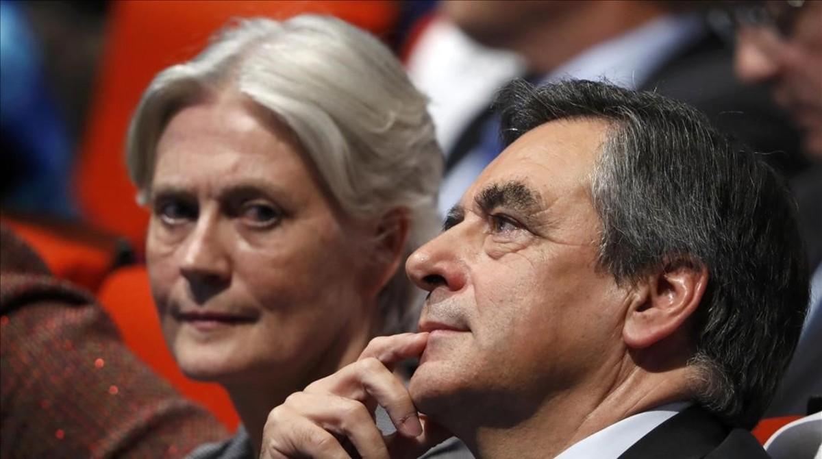 François Fillon junto a su esposa, Penélope, el pasado mes de noviembre.