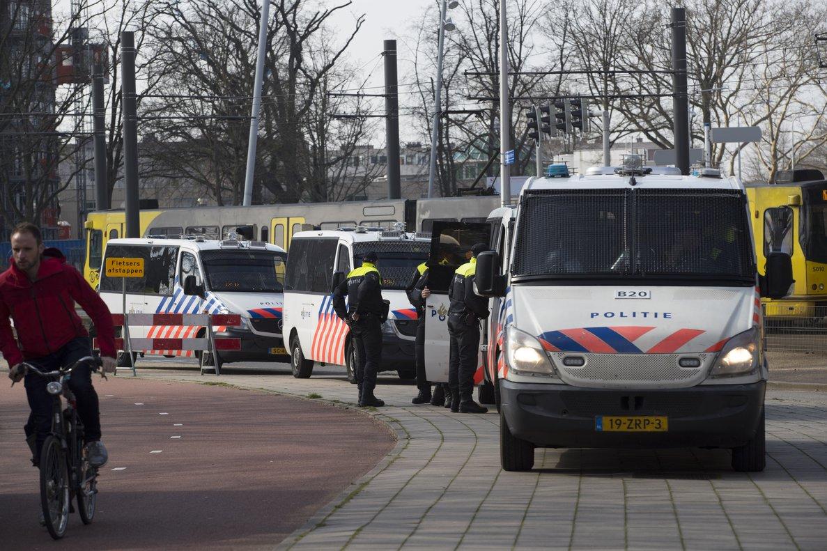 La policía investiga sobre el tiroteo en Utrecht.