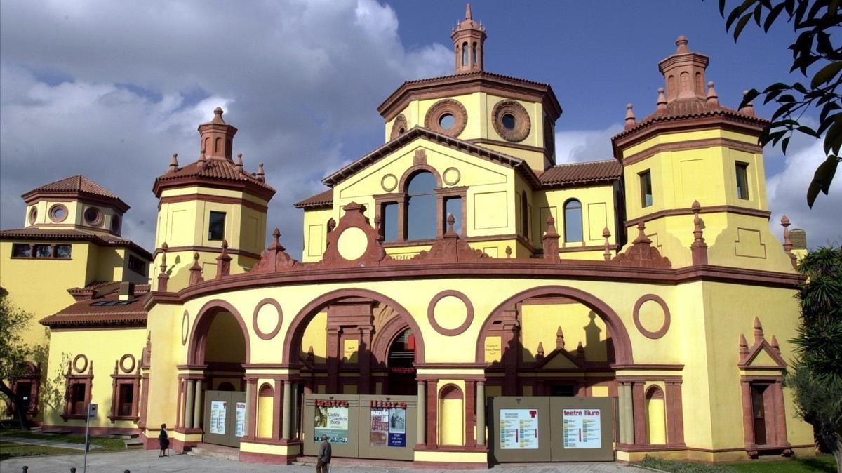 Vista generaldel edificio que acoge el Teatre lliure.