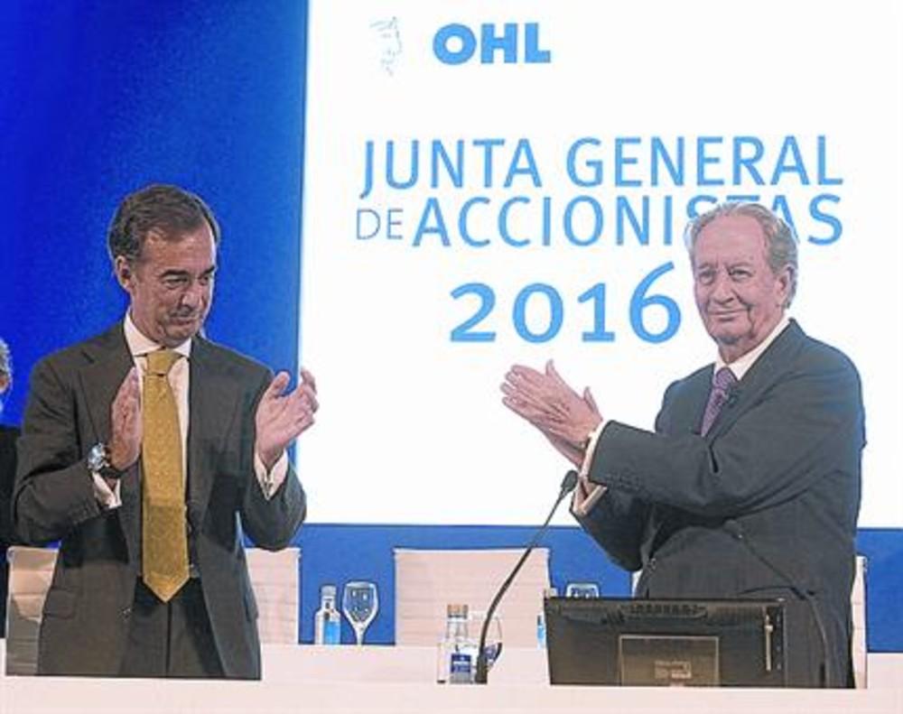 Juan Miguel Villar Mir (derecha) y su hijo, Juan Villar Mir de Fuentes.
