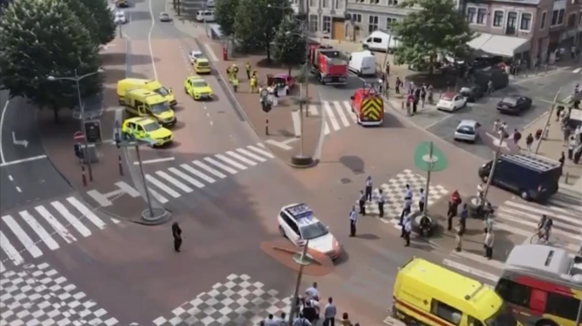 Pistolero mata a 3 en Bélgica, en posible ataque terrorista