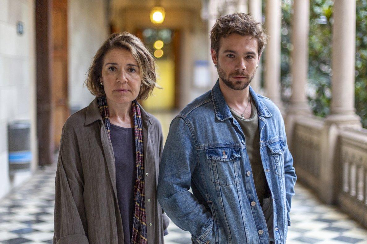 María Pujalte y Carlos Cuevas, en el rodaje de 'Merlí: Sapere Aude'.