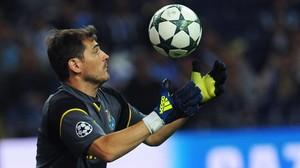 El portero Iker Casillas, con el Oporto.