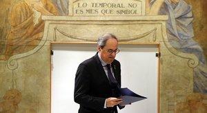 El 'president' de la Generalitat, Quim Torra, minutos antes de la declaración institucional tras la resolución de la JEC y la ratificación del Tribunal Supremo, el viernes 10 de enero.