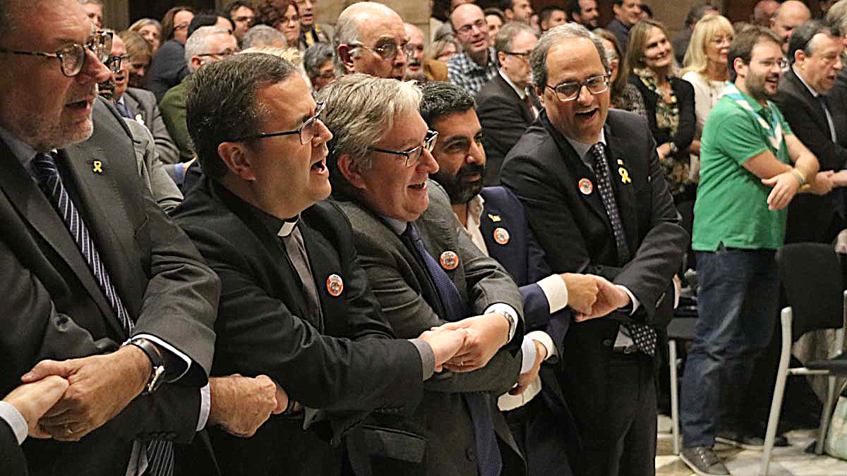 El president Torra canta Lhora dels adéus en la celebración del 125º aniversario de las primeras colonias infantiles en Catalunya, este lunes