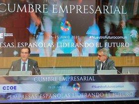 Garamendi y Puig durante la cumbre empresarial celebrada en Madrid.