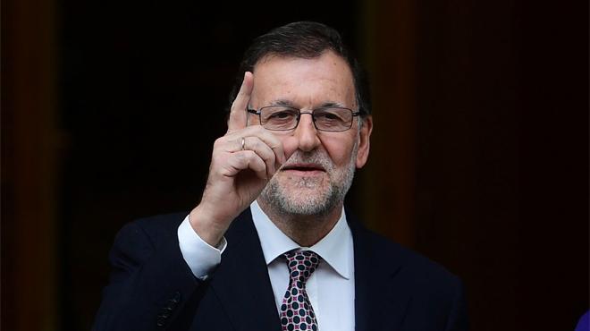Rajoy arropa a González e Iglesias justifica el escrache