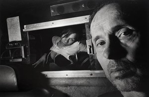 A partir de 1986 el artistaRyan Weideman empezó a incluirse en sus fotografias