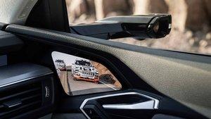 El retrovisor inteligente del Audi e-tron eliminará peligros como el ángulo muerto.