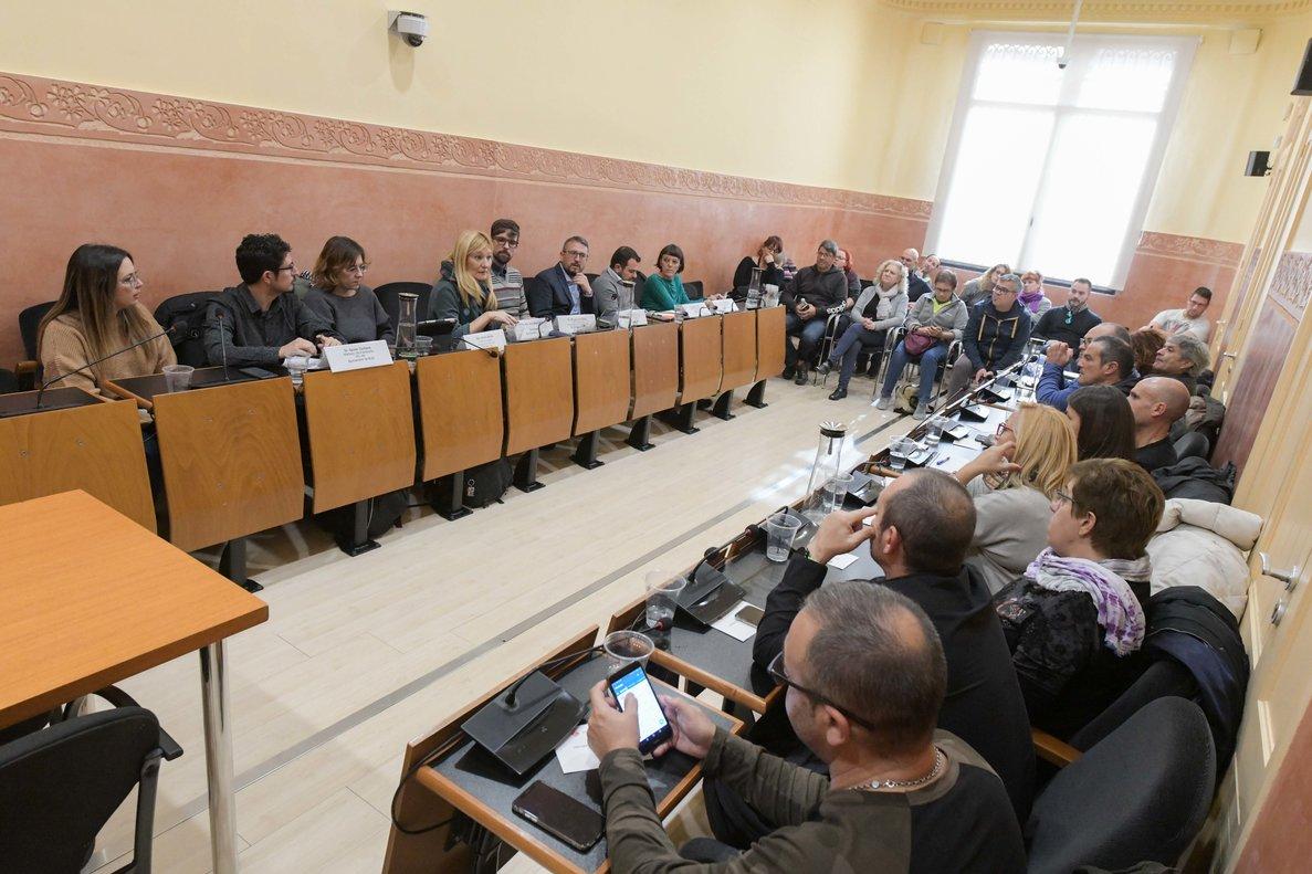 Reunión entre el Ayuntamiento de Rubí y el Comité de empresa de Continental, este viernes