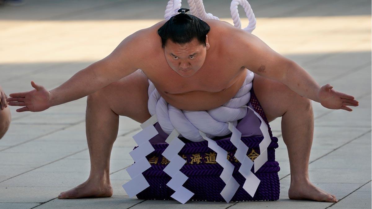 Tokio 2020 tratará de contagiar al resto del mundo la afición por el sumo. En la imagen, un deportista de la disciplina.