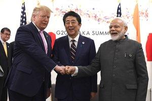 El presidente de los EEUU, Donald Trump; el Primer Ministro de Japón,Shinzo Abe; y el Primer Ministro de la India,Narendra Modi.