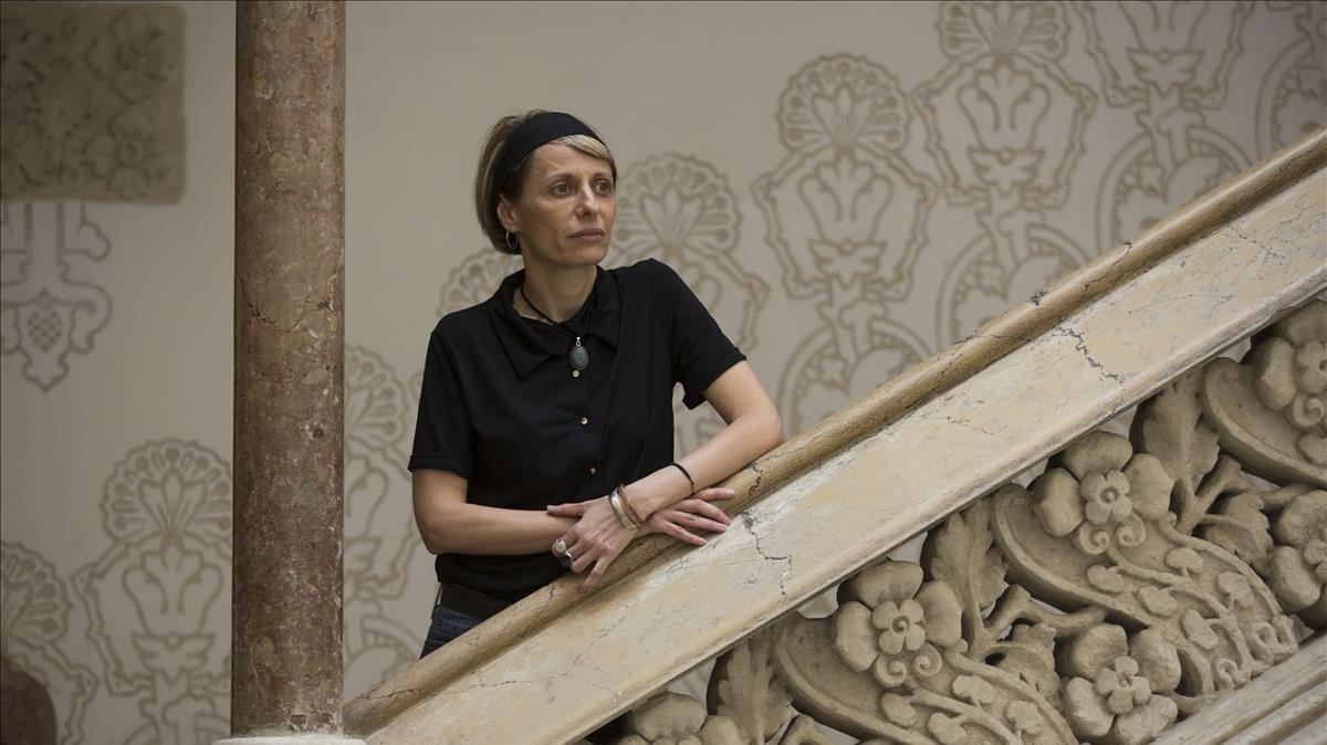 Silvia L. Gil, en el Palau Macaya de la Obra Social La Caixa.
