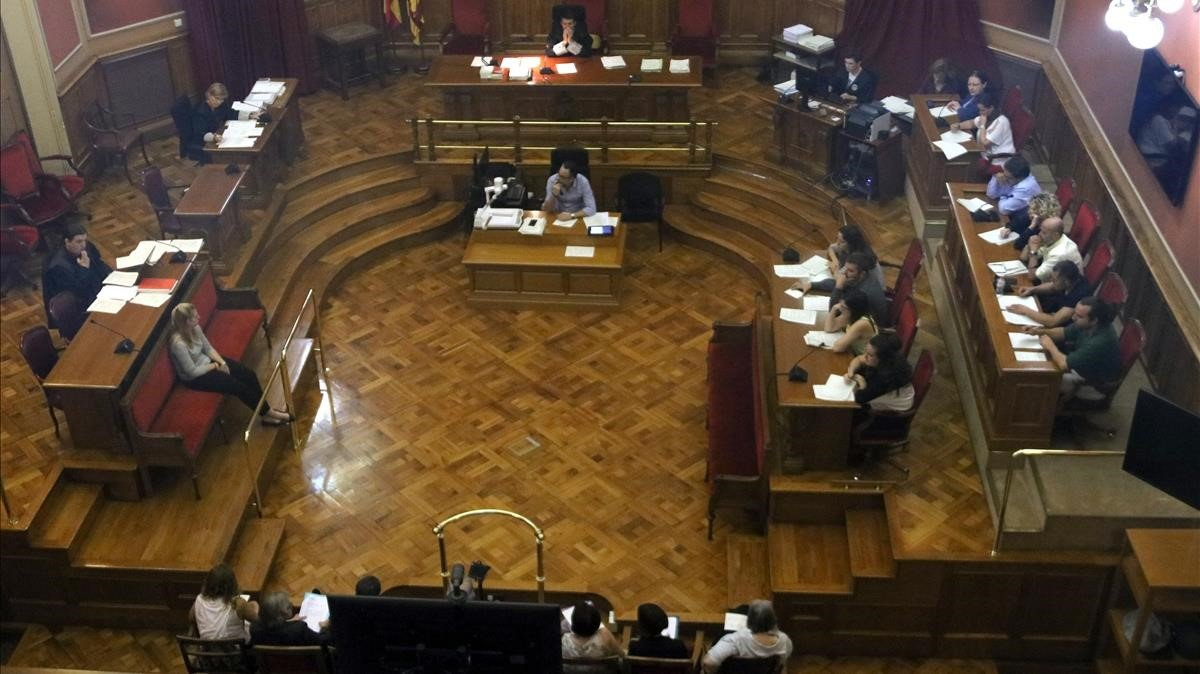 Vista de la sala durante el juicioel pasado9 de octubre contra B. G. por haber arrojado a su hijo por la ventana.