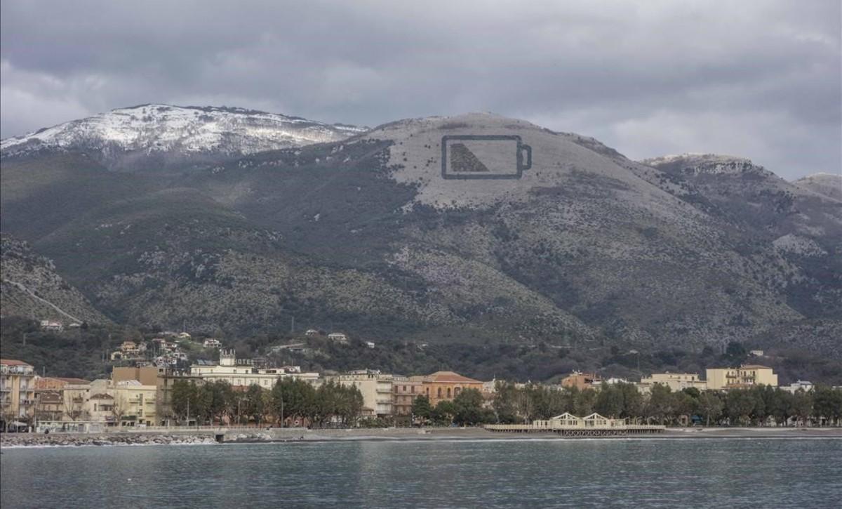 Imagen virtual del proyecto del grafitero Escif en la montaña de Sapri.