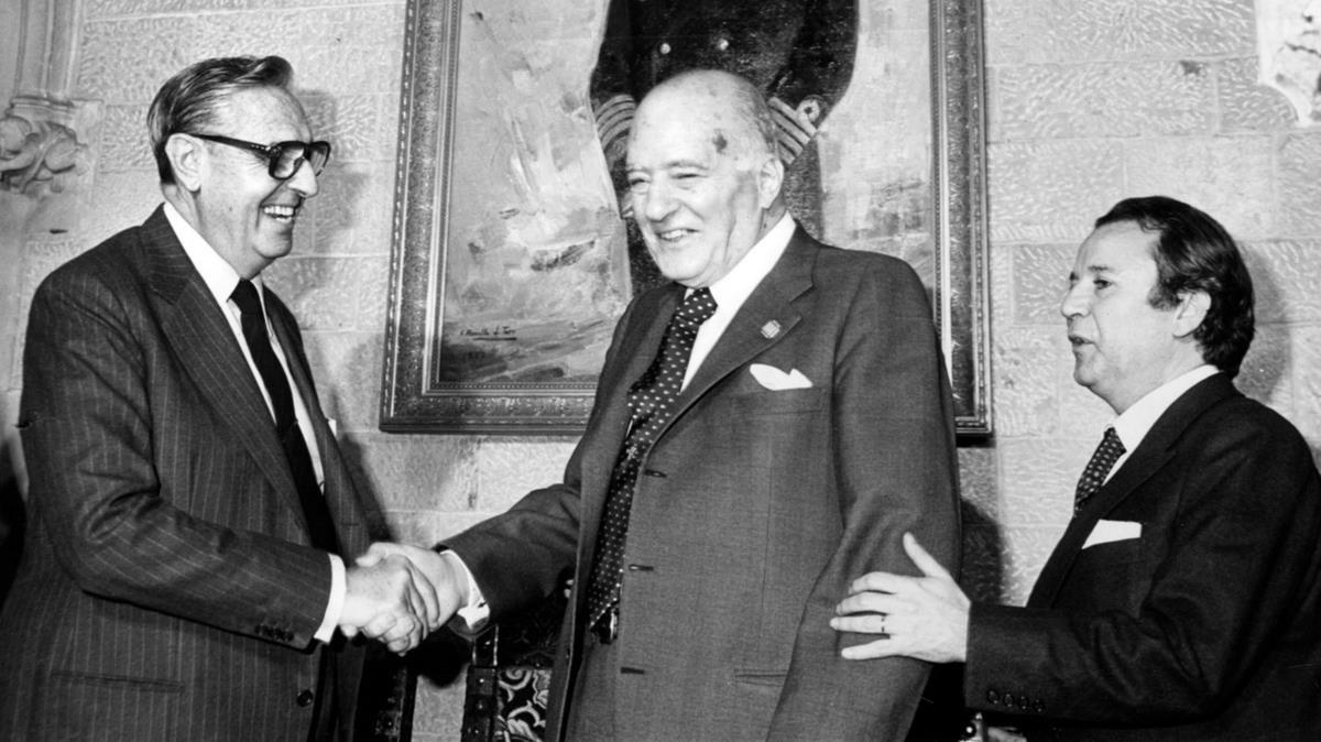 ¿Cuánto mide Francisco Franco? - Altura - Real height - medía - Página 12 Zentauroepp41372340-carlos-tarrdellas-nuez171219180546-1513703375823