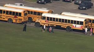 Diversos morts en un tiroteig en un institut de Texas