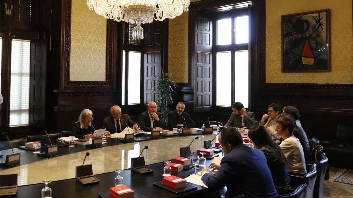 Reunión de la Mesa del Parlament este martes en la Cámara catalana.