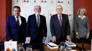 Francisco Javier Pérez,Darío Villanueva,Víctor García de la Conchay Ana Rosa Semprún.