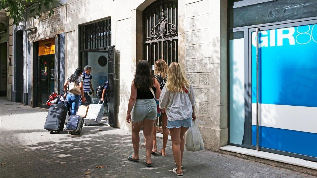 Una altra sentència tomba els vetos inicials als pisos turístics a Barcelona