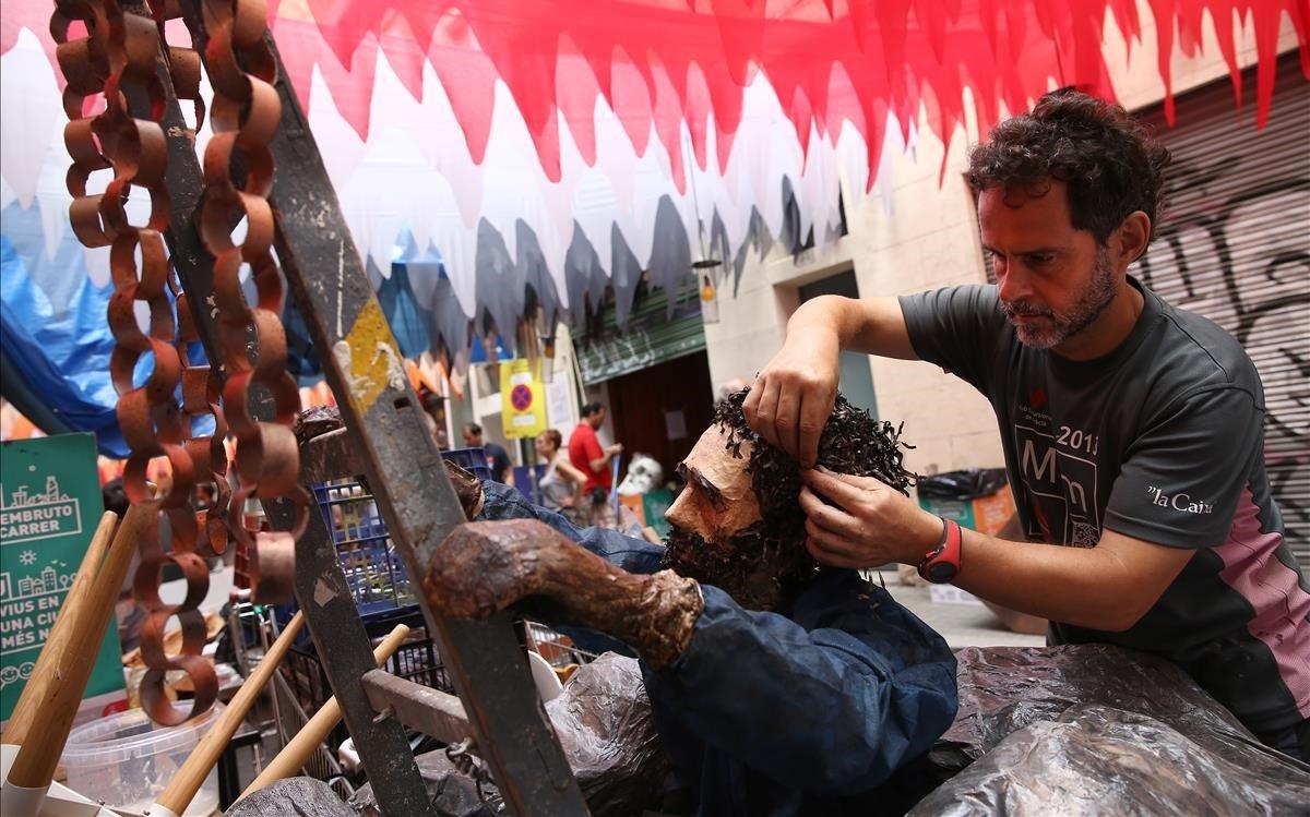 La festa de Gràcia evoluciona sense perdre identitat