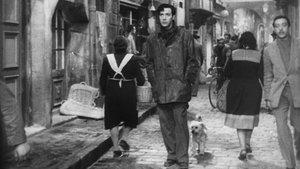 Una escena de 'La calle sin sol', película de 1948 dirigida por Rafael Gil.