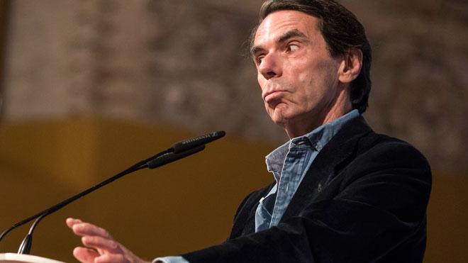 Aznar, contra Vox: «A mi, mirant-me a la cara, ningú em parla de 'dreteta covarda', perquè no m'aguanten la mirada»