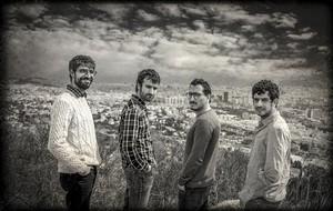 El grupo Manel.