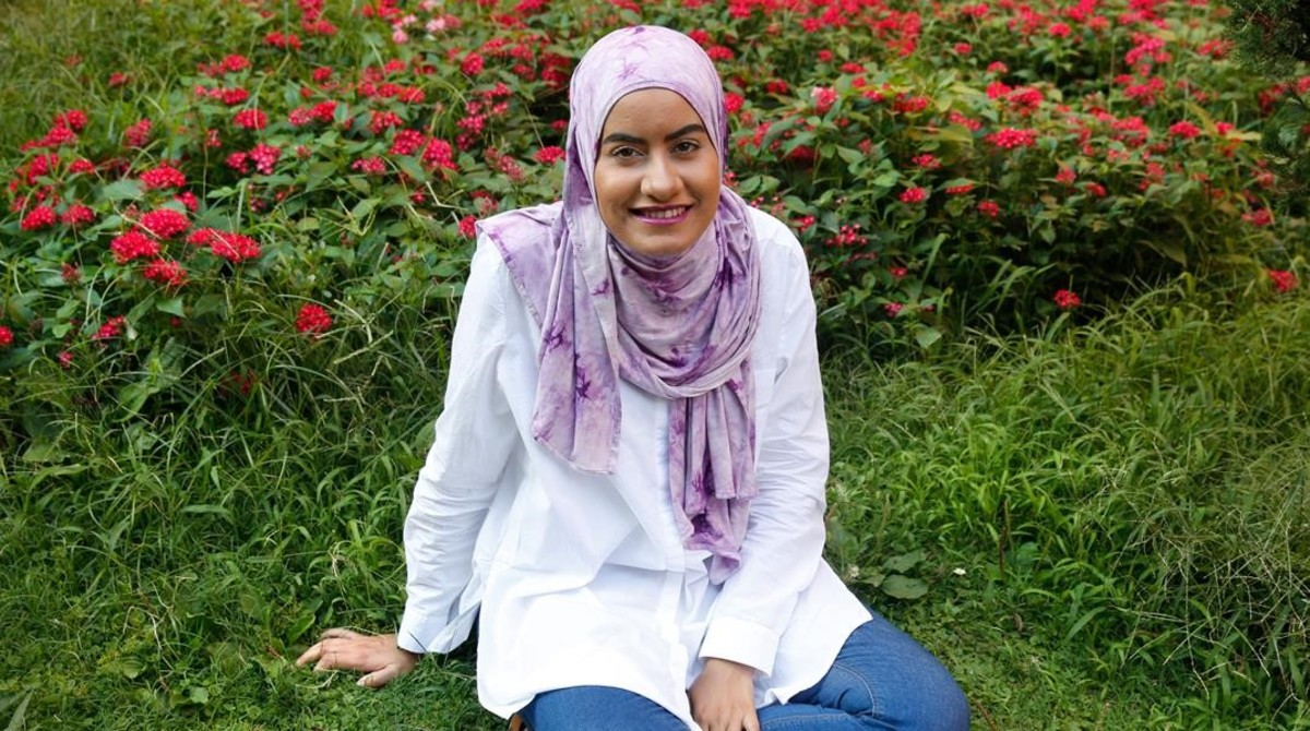 Diez mujeres musulmanas opinan sobre prohibicion birkini for Desnudas en la piscina