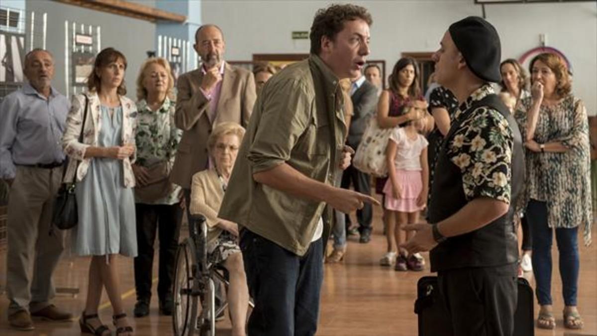 Comedia 8 Malena Alterio (izquierda) y Javier Gutiérrez (derecha), en una secuencia de 'Vergüenza'.