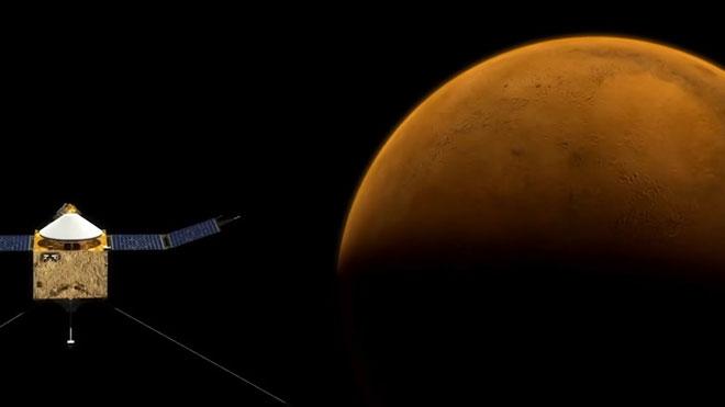 Curiosity detecta niveles inusualmente altos de metano en Marte.