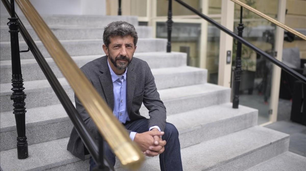 El director de cine Alberto Rodríguez dirigirá la serie 'La peste' para la plataforma de televisión Movistar+.