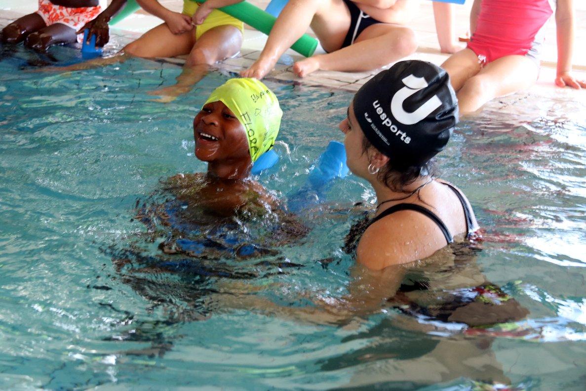 Sabadell impulsa cursos de natació gratuïts perquè tots els nens de primària aprenguin a nedar