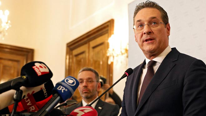 El Govern d'Àustria cau per un vídeo comprometedor del seu vicecanceller ultra