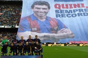 Homenaje a Quini en el Camp Nou.