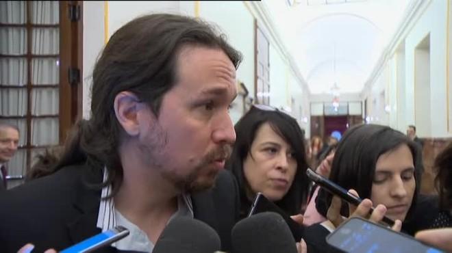 El líder de Podemos niega las acusaciones de mal comportamiento de su grupo.