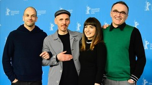Jonny Lee Miller, Ewen Bremner, Anjela Nedyalkova y Danny Boyle, en la presentación en Berlín de T2 Trainspotting.