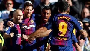 Los azulgrana celebran otro recital en el Bernabéu.