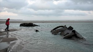 Los restos del submarino UC-61 abandonados en julio de 1917, reaparecidos en las costas francesas.