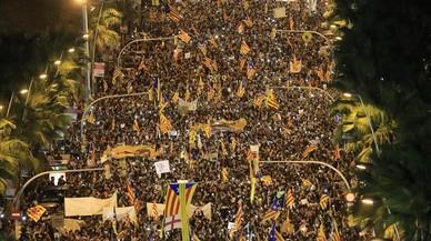 Manifestación bajo el lema 'Llibertat presos polítics, som República'.