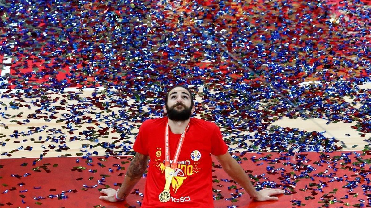Ricky Rubio después de ganar el Mundial de baloncesto.