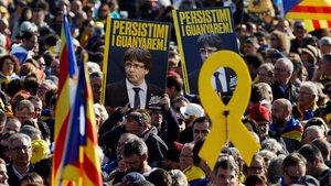 Asistencia multitudinaria al acto de Puigdemont en Perpinyà.