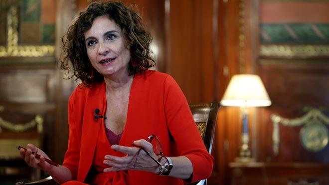 María Jesús Montero: «No hi va haver negociació, la casa reial va prendre les seves decisions»