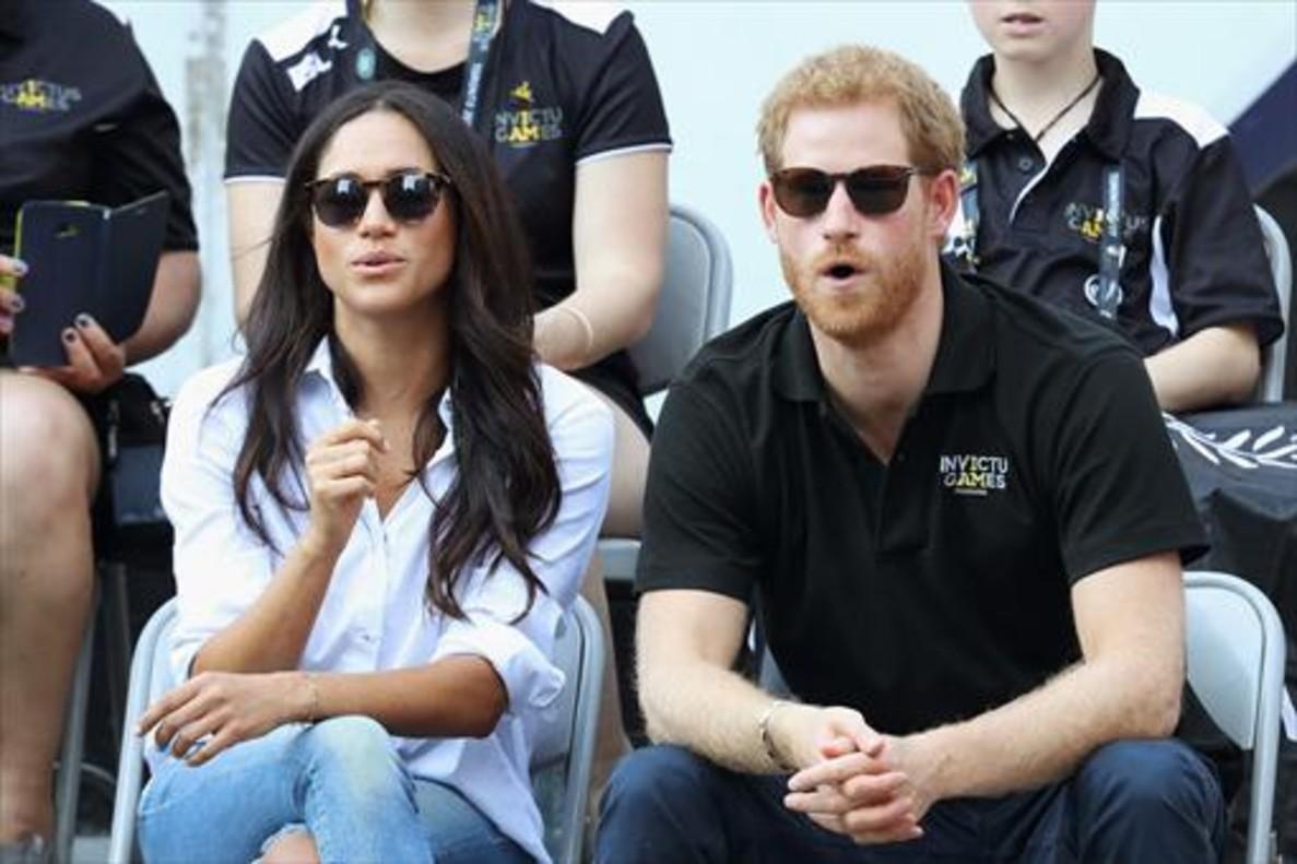 El príncipe Enrique y su novia, la actriz Meghan Markle, durante los juegos Invictus, el pasado 27 de septiembre en Toronto.