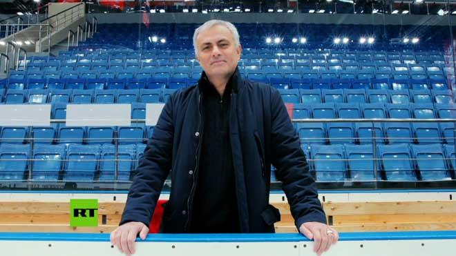 Promoción de Jose Mourinho para el canal RT.