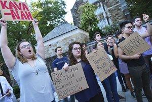 Protesta en yale contra el juez Kavanaugh.