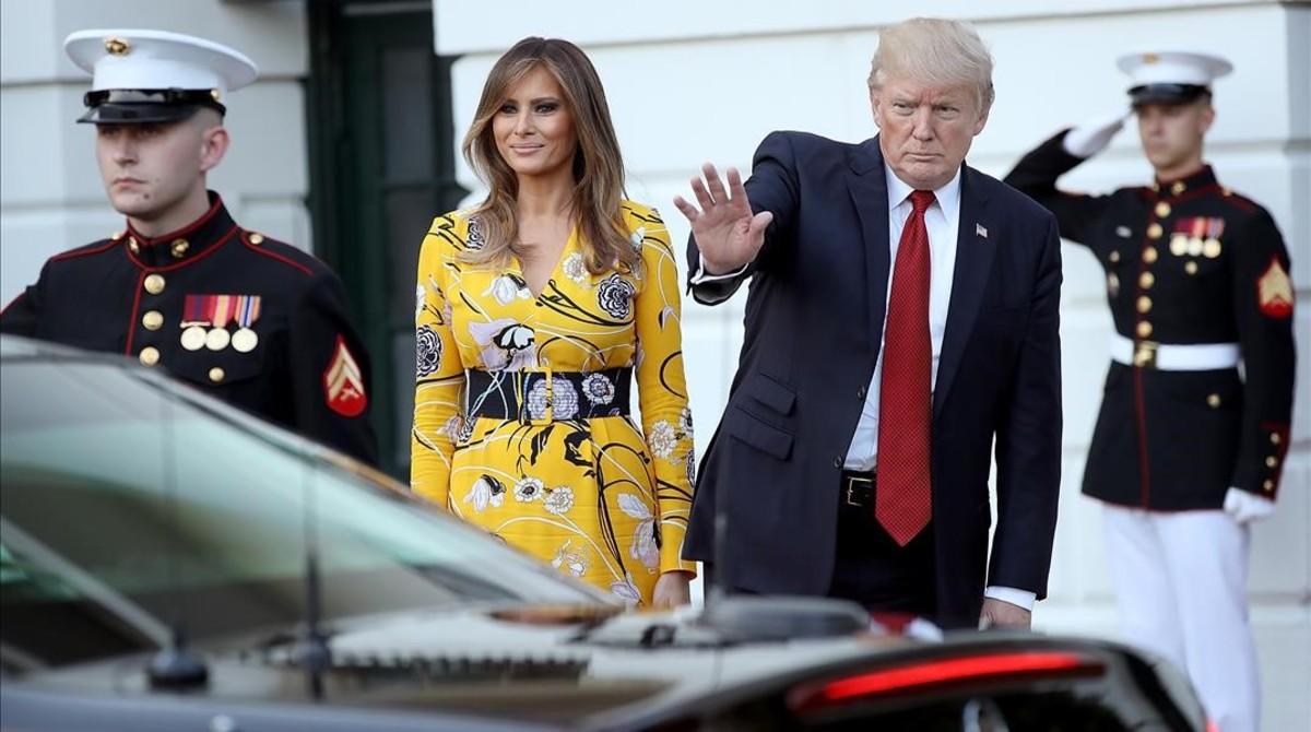 Trump (derecha) y su mujer, Melania, despiden al primer ministro indio, Narendra Modi, de visita en la Casa Blanca, el 26 de junio.