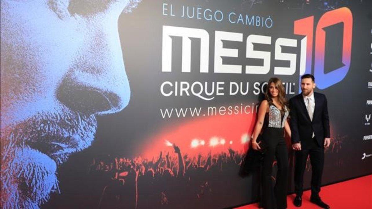 Leo Messi y su mujer Antonella, en la presentación del espectáculo del Cirque du Soleil,'Messi10'.