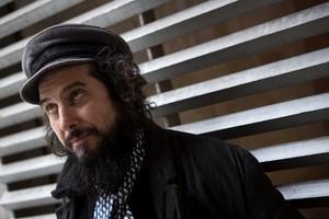 Vinicio Capossela, el cantante italiano que inaugurará la muestra junto aCabo San Roque.