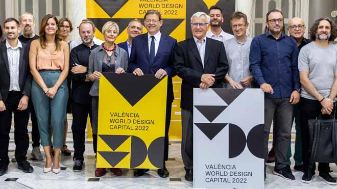 Imágenes de la celebración de la designación de Valéncia como Capital Mundial del Diseño en 2022 a la que ha asistido el presidente de la Generalitat Valenciana, Ximo Puig, el alcalde de València, Joan Ribó, y miembros del equipo de gobierno del consistorio valenciano.